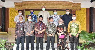 Komisi I, II, dan IV DPRD Kalsel Dorong Promosi Daerah Melalui Anjungan Kalsel Di TMII